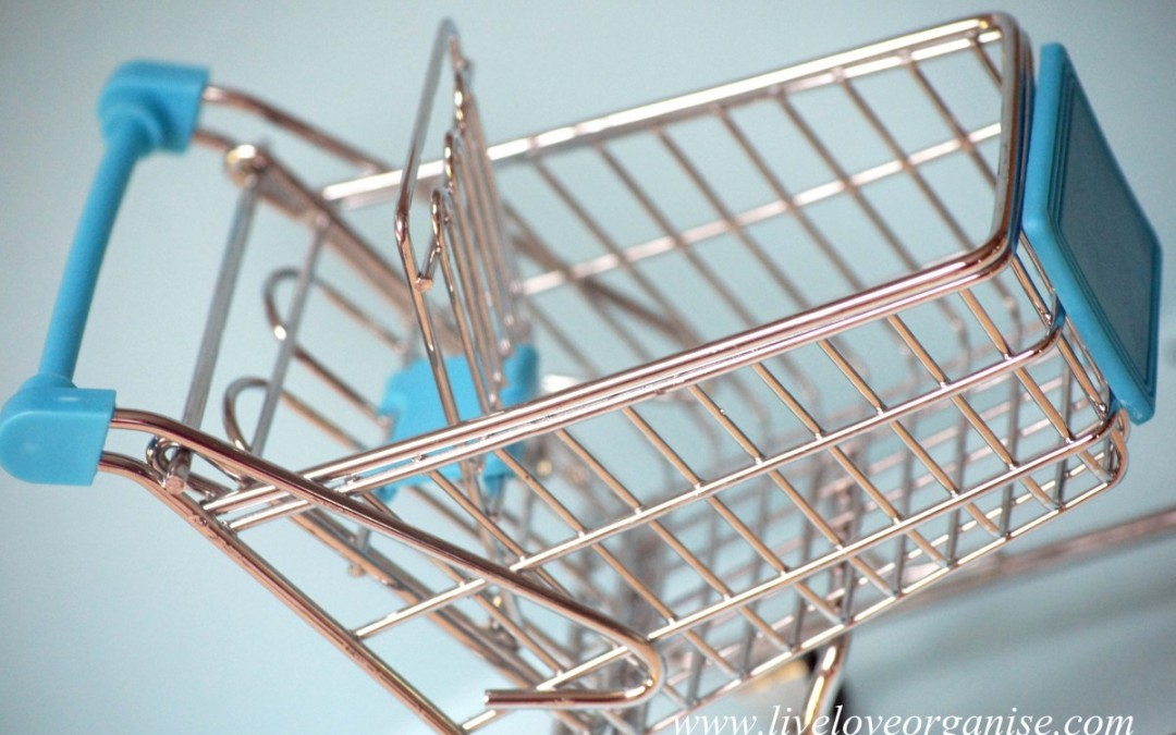 Tips to a stress-free grocery shopping experience with children